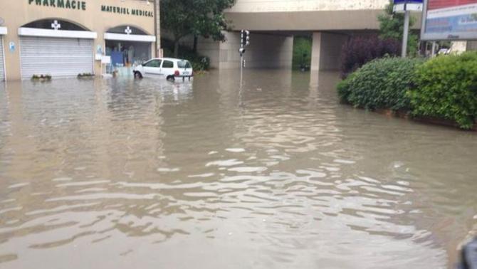 Reporters - Bry-sur-Marne 94360 - Catastrophe