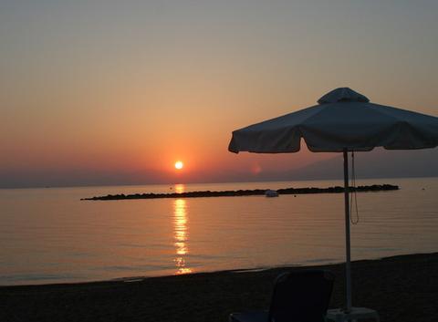 Lever de soleil sur le Péloponnèse