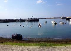 Mer Port-en-Bessin-Huppain 14520 Les voitures ont chaud