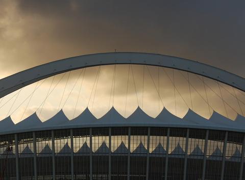 Coucher de soleil sur le stade