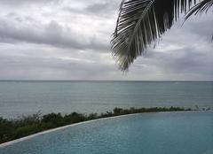 Ciel Zanzibar Ciel zanzibarite chargé au lever du jour