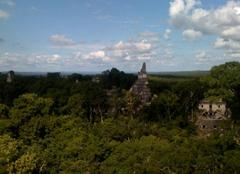 Nuages Tikal Temples Maya