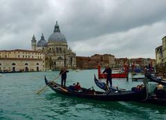 Ciel Venise 30100 Temps gris et nuageux à venise
