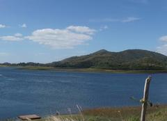 Lieu idyllique hors du temps  et loin du  monde ...le lac Hanabanilla