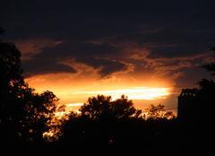 Coucher de soleil orageux