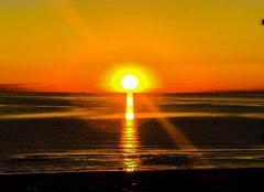 Ciel Riccione 47838 Lever de soleil sur l'Adriatique
