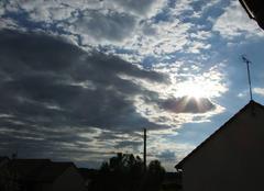 Nuages et soleil