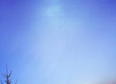 Un ciel presque �toil�e