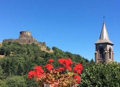 Le Château et l'Eglise