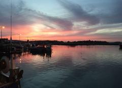 Ciel Loctudy 29750 Coucher de soleil sur le port