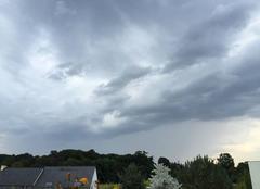 Ciel orageux avec coup de tonnerre