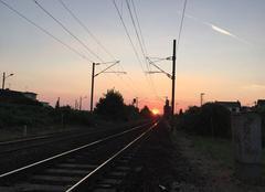 Coucher de soleil au bout des rails