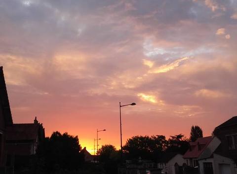Le soleil levant...