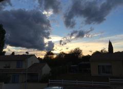Ciel tr�s nuageux