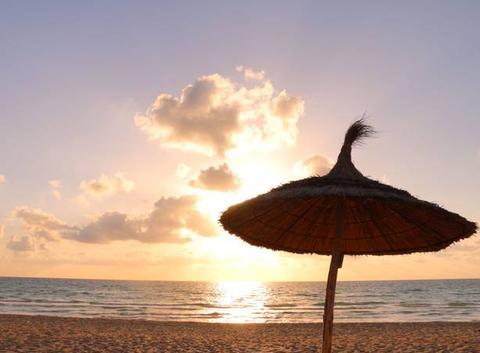 Lever de Soleil sur la plage de Sidi Yati
