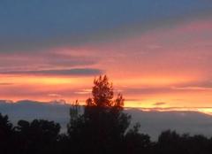 Un   coucher   de   soleil.....hier   soir.....
