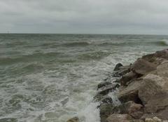 Mer Wimereux 62930 Wimereux- fin de matinée : pluie et vent