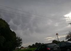 Des nuages en formes de cercles