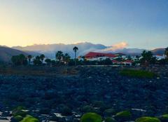 Les nuages les montagnes