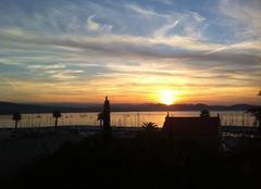 Lever de soleil sur la Baie de la Vierge