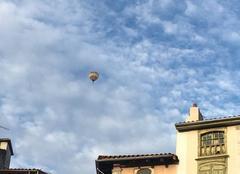Vole parmi les nuages