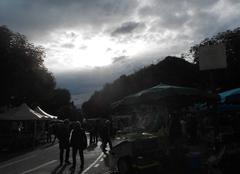 Le march� de Maurs sous un timide soleil