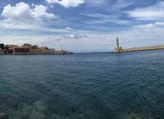 Mer La Canée L'entrée du port