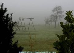 Brouillard persistant il est 12h00