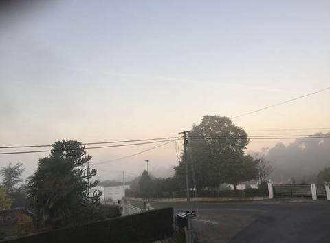 Fumel sous la brume