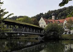 Le village de Wolfratshausen et son pont en bois