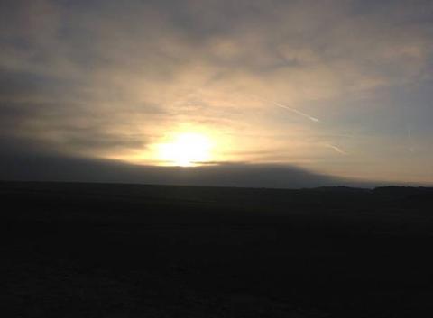 Lever de soleil d'automne sur la plaine Lorraine