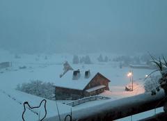 Premiere neige dimanche matin a Sommand 1.500m/station de ski a Mieussy