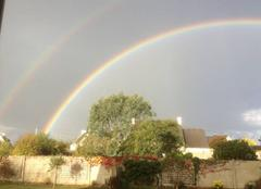 Bel arc-en-ciel double ...