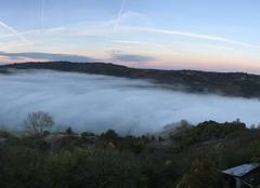 Clairvaux se noie dans le brouillard