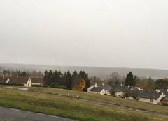 La vallée sous la pluie