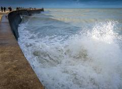 Forte houle après la tempêté du 20 novembre dans le port de Saint Valery en Caux