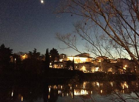 Quais de l'Isère au clair de lune ce soir