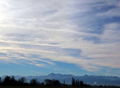 Ciel de St Lézer 65500 ce mercredi 7 décembre 2016.