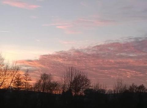 Soleil couchant sur l'Alsace bossue.
