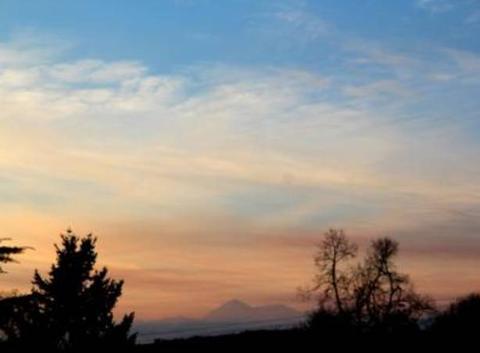 Ciel des Pyrénées vues de St Lézer 65500 ce samedi 10 décembre 2016.