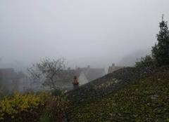La roche posay dans le brouillard
