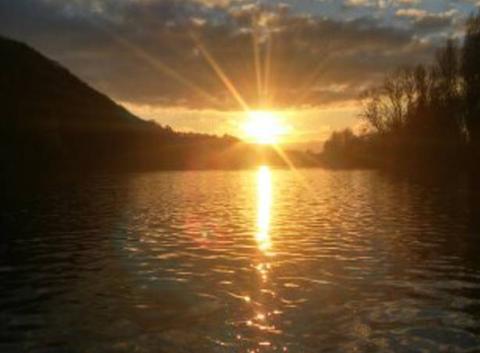 Coucher de soleil sur la riviere espérance ...
