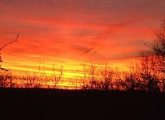 Soleil levant à Trespoux-Rassiels 46090