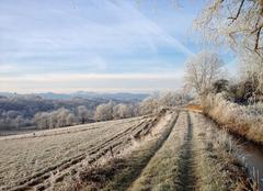 Froid Loudet 31580 Frosty morning at Pyrenees Gite