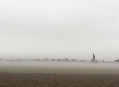HANGEST dans le brouillard
