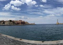 Mer Khania L'entrée du port