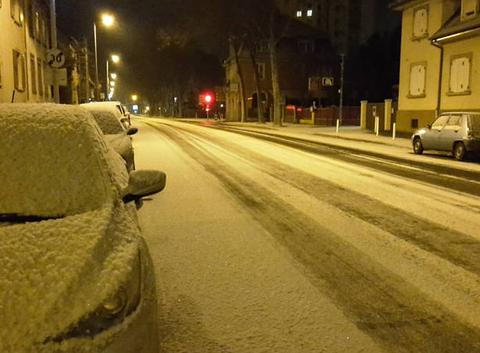 1 à 2 cm de neige à Strasbourg.