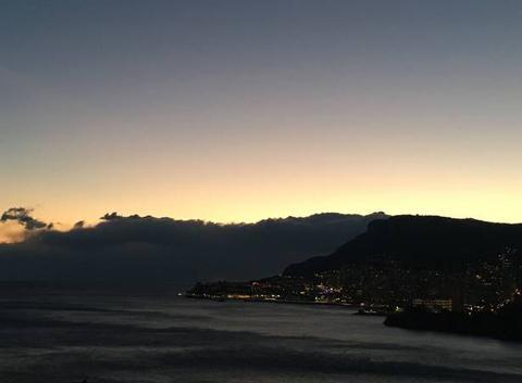 Coucher du soleil sur Monaco