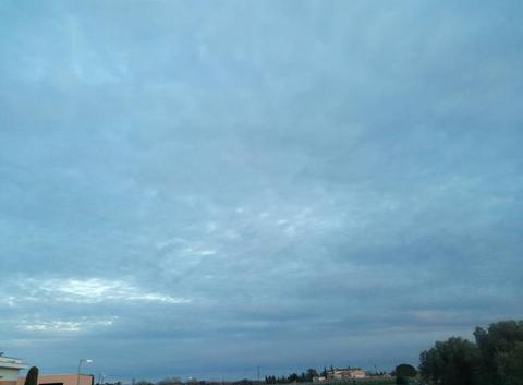 Le devient nuageux température négatifs