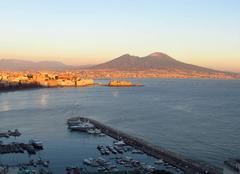 Neige Naples 80100 Le Vésuve enneigé